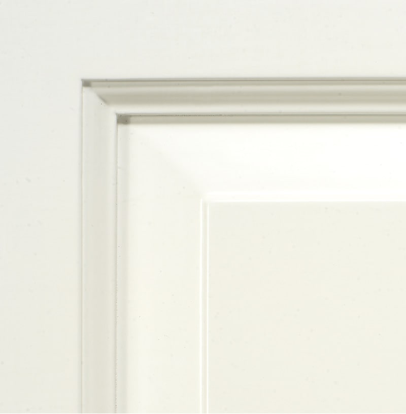 Non aged white lacquered finish