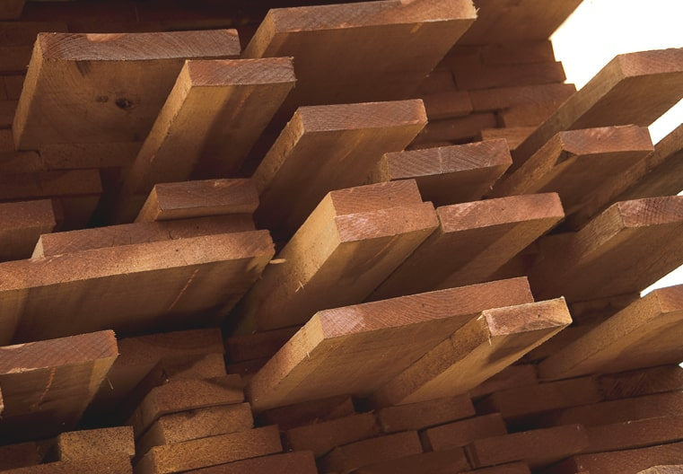 Selezione tavole legno