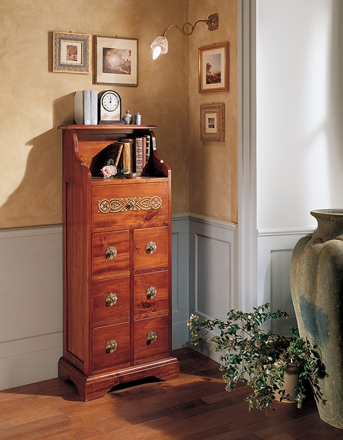 Chest of 7 drawers, with up portion