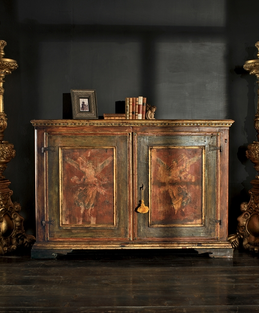 Sideboard with two wide doors