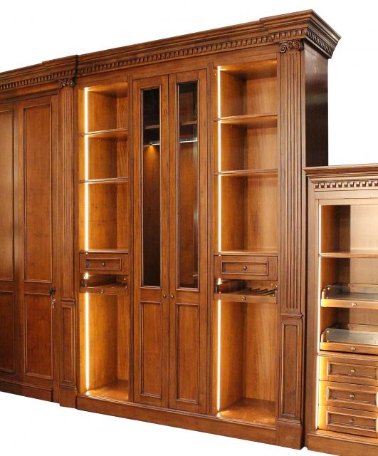 Whitehall style walk-in closet