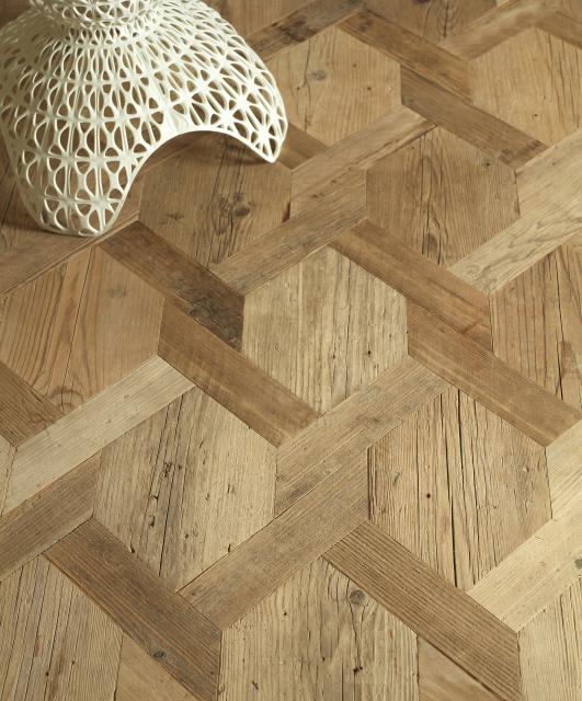 Geometric pattern in old fir